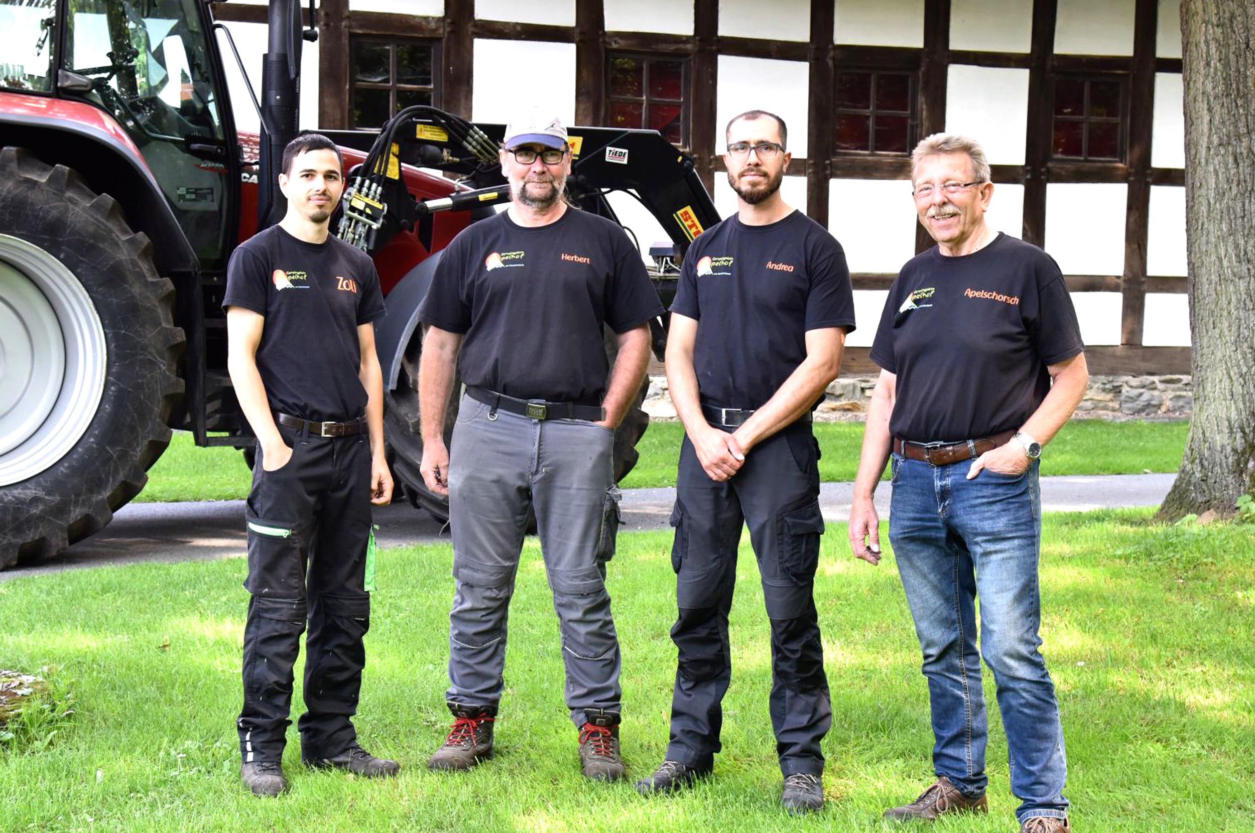 Das-Platz-Technik-Team-von-Campingplatz-Apelhof__neu