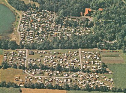 Alte-Luftbildaufnahme-vom-Campingplatz-Apelhof