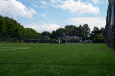 Fussballplatz-04
